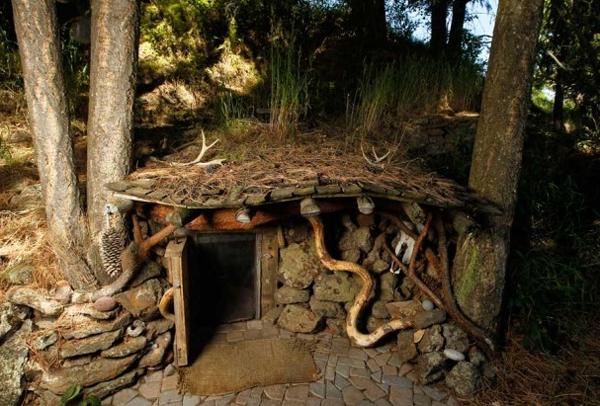 hobbit_exterior_b